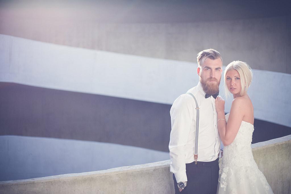 Hochzeitsfotos Ideen - Architektur und Linien in der Hochzeitfotografie