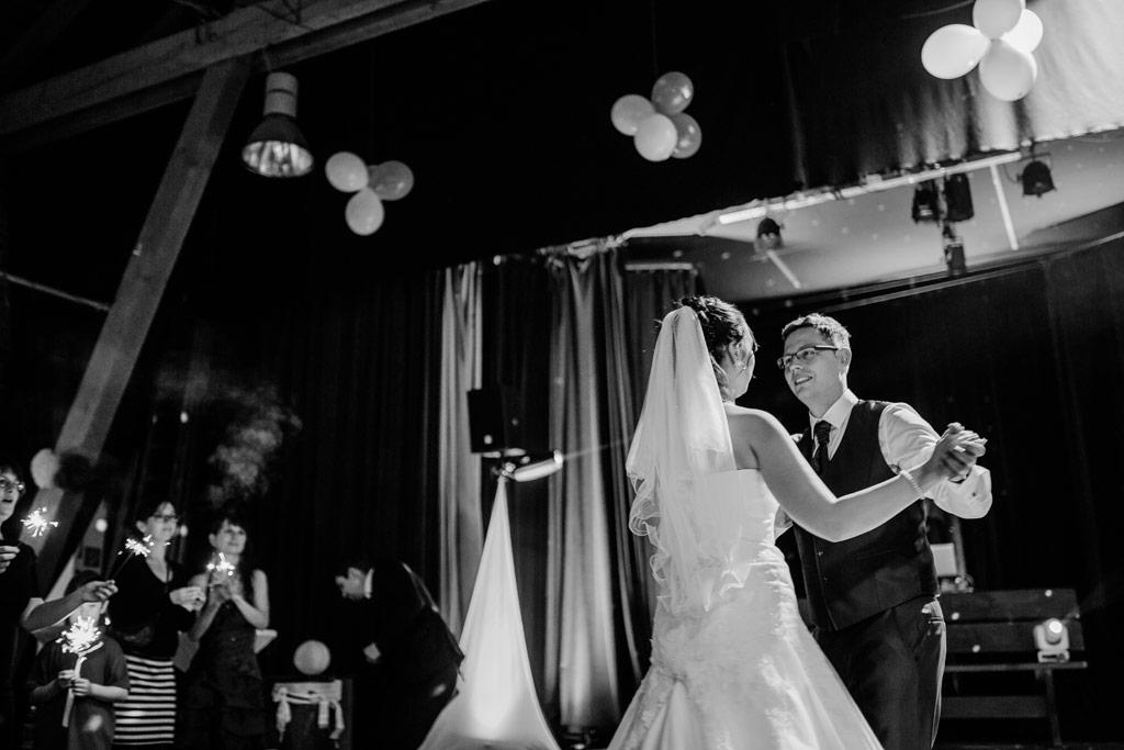 Der erste Tanz | Hochzeitsfotos Leipzig | Ireen Lampe - Hochzeitsfotograf Leipzig | www.ireen-lampe.de